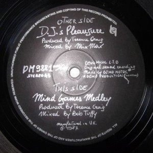 Demo Motor - DJ's Pleasure / Mind Games Medley - Demo Music Ltd - DM 9881