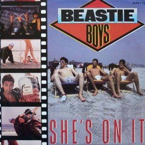 Beastie Boys - She's On It - Def Jam Recordings - BEAST T2